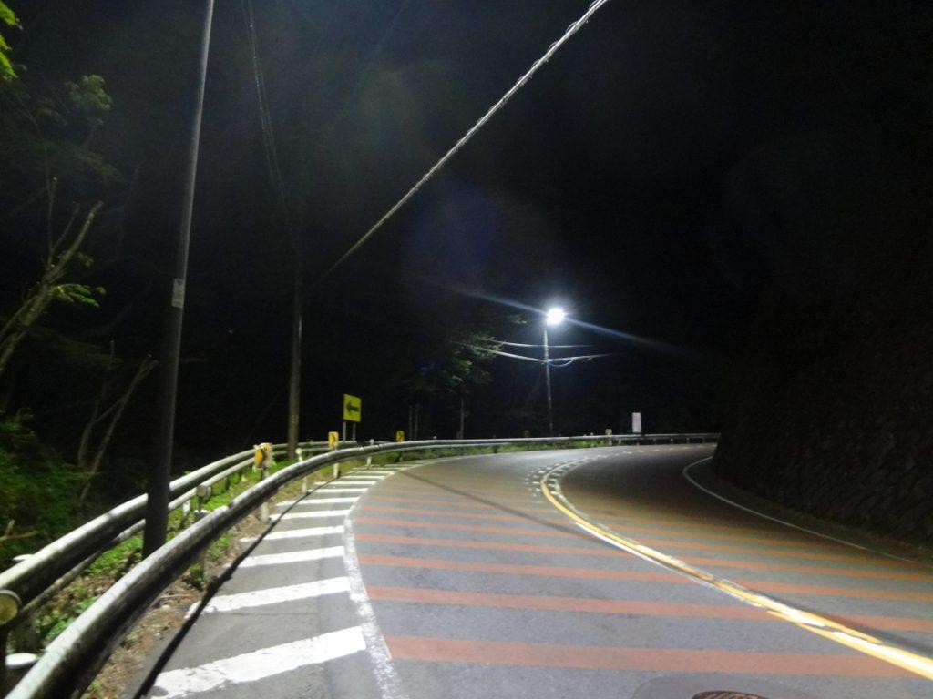 2:07 大垂水峠登坂中 35km地点