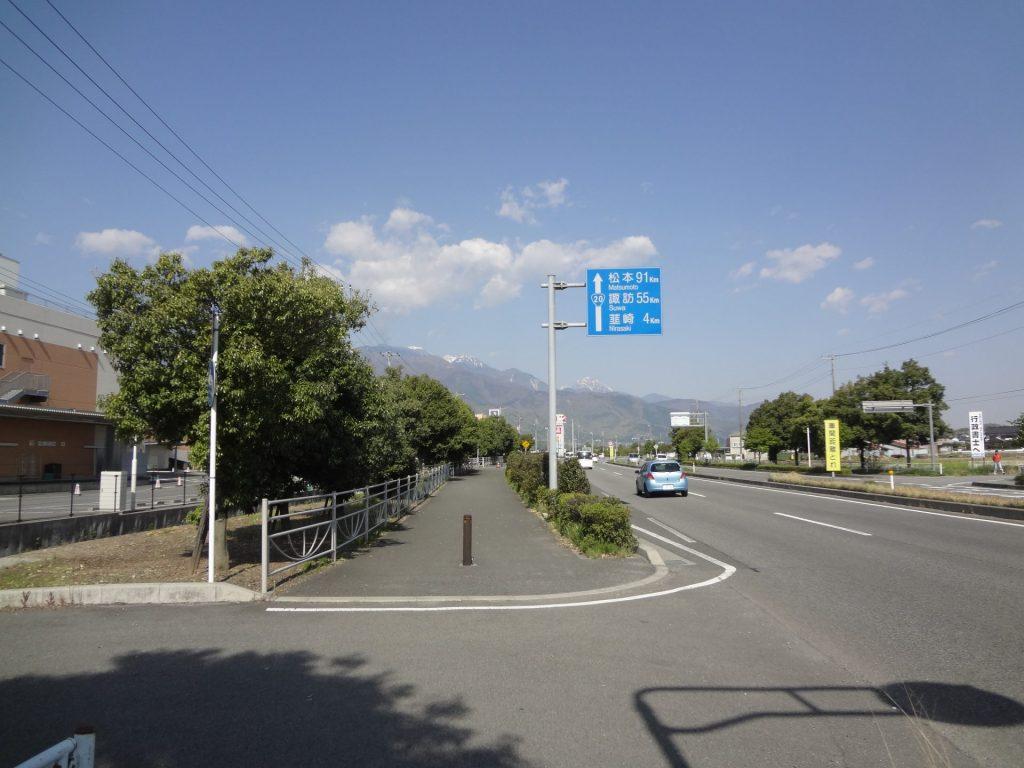 8:27 塩崎駅近く 121km地点