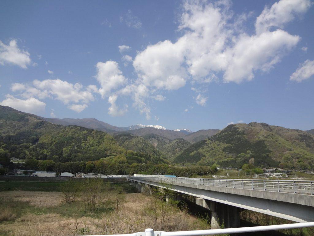 9:15 韮崎駅近く 127km地点