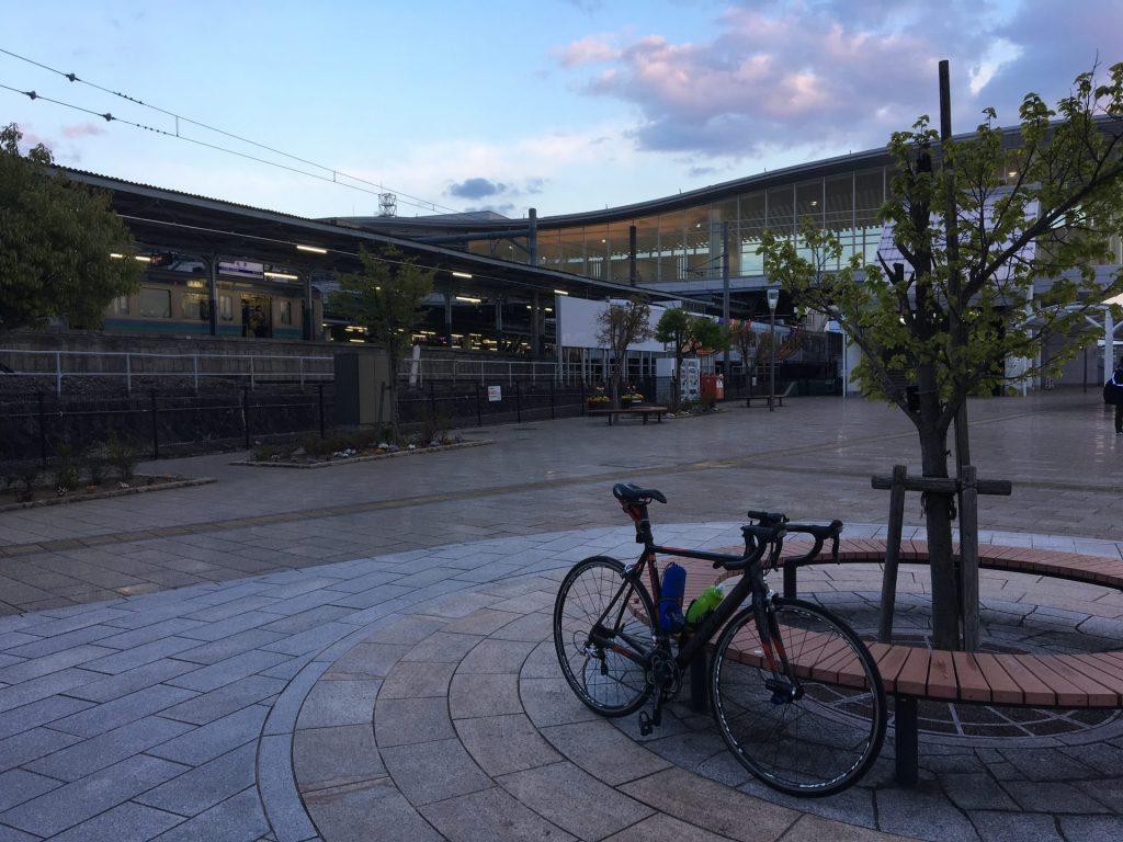18:34 松本駅